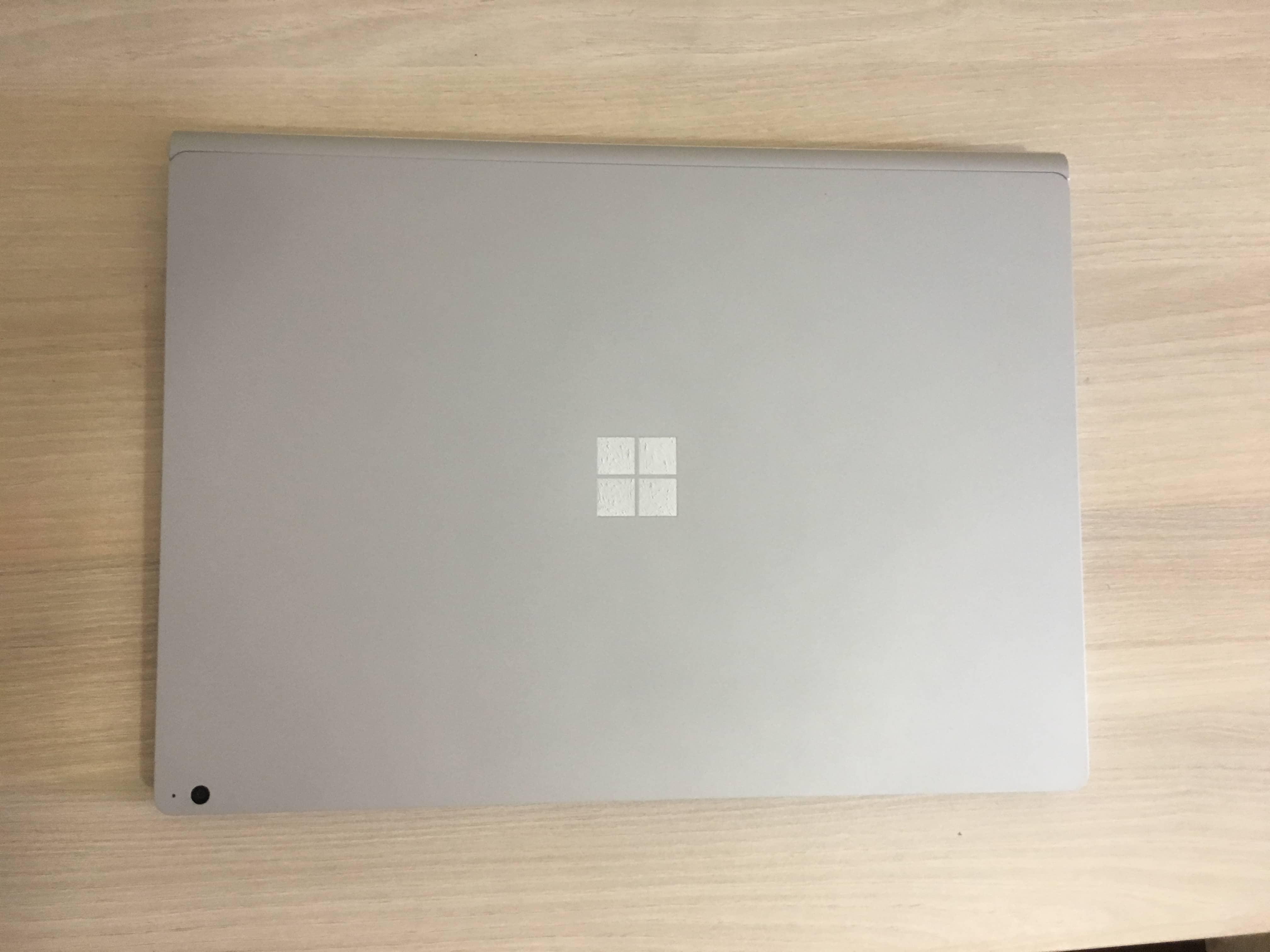 "Análisis de Microsoft Surface Book 2 15"" 2"