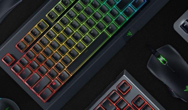 Más detalles del primer teclado inalámbrico y ratón para Xbox One de Razer 1