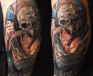 Estos son algunos de los tatuajes de Pyramid Head y Silent Hill más espectaculares 12