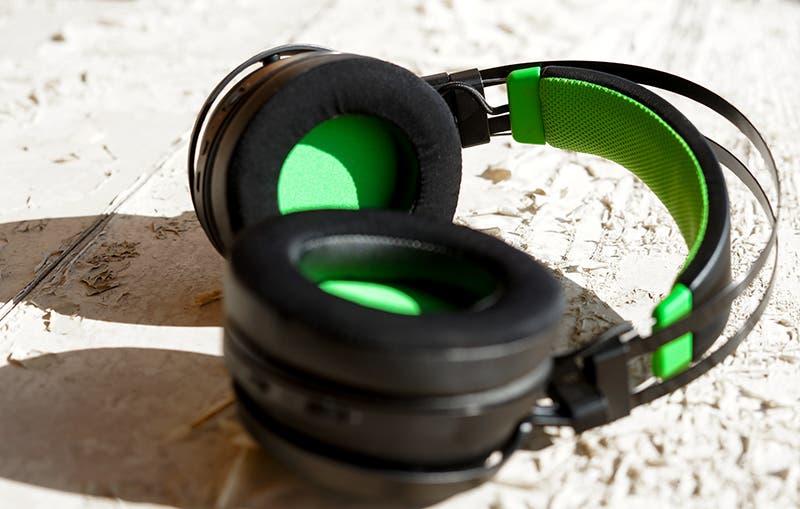 Análisis de los auriculares Razer Nari Ultimate para Xbox One 3