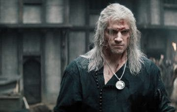Henry Cavill como The Witcher