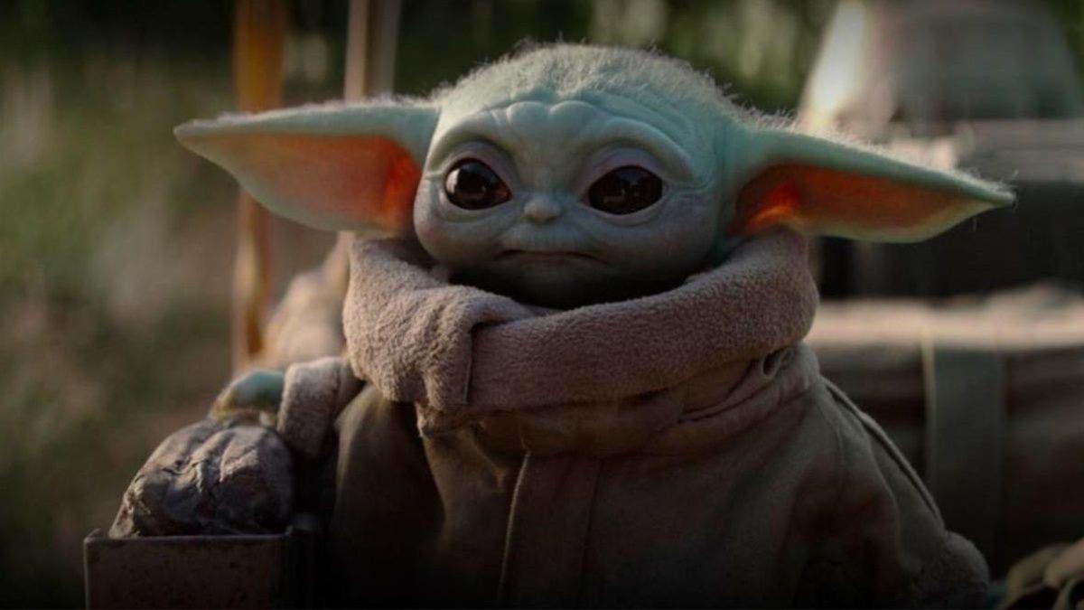 Baby Yoda conocido por la serie de Disney+ The Mandalorian, está disponible en Los Sims 4 14