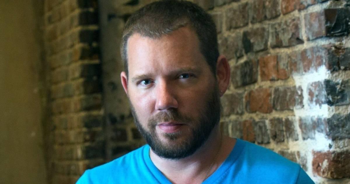 El desarrollador Cliff Bleszinski sacará su propio libro de memorias 10