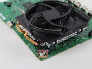 Cómo cambiar la pasta térmica de tu Xbox 4