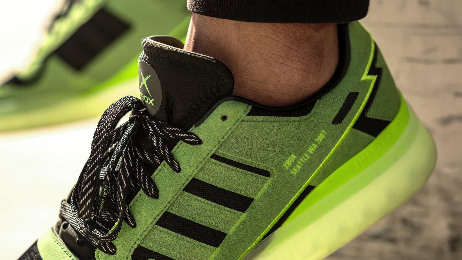 Lanzan unas zapatillas Adidas del 20 aniversario de Xbox 4